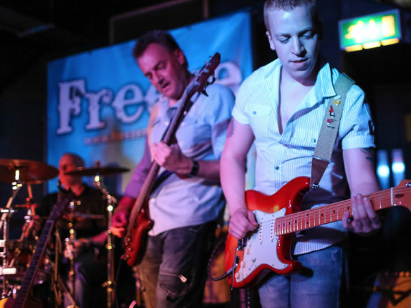 Richard Hillyer - Freeze Bands - Gigs and corporate Clients